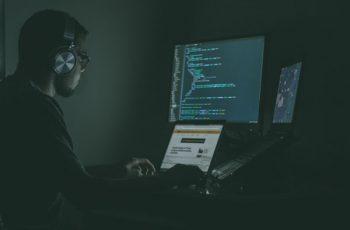 Ataque hacker: Tipos e tendência de ataques e como prevenir seu negócio